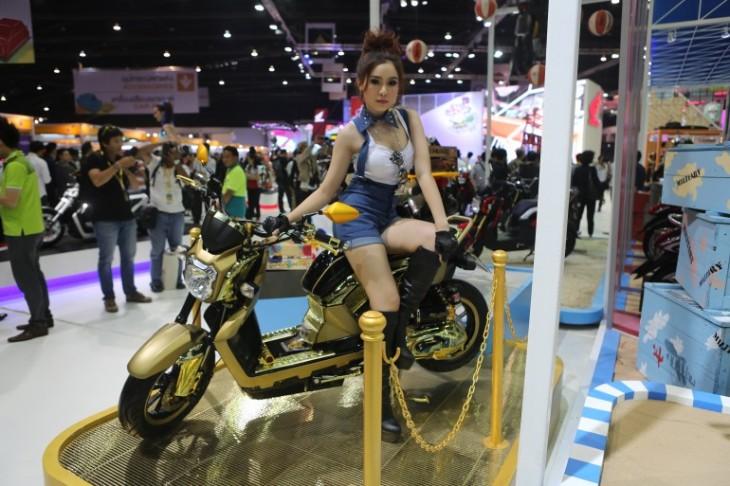 honda_chopper_racing_scooter_concepts-41
